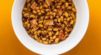 bowl of black-eyed peas.